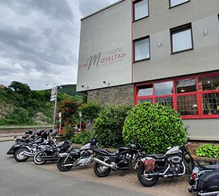 "Motorrad-Spezial Hotel ""Zum Moseltal"""